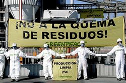 Protestation de Greenpeace contre Holcim